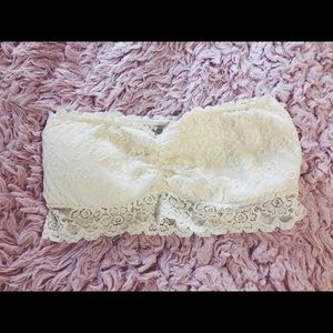 Other - White lacy bandeau